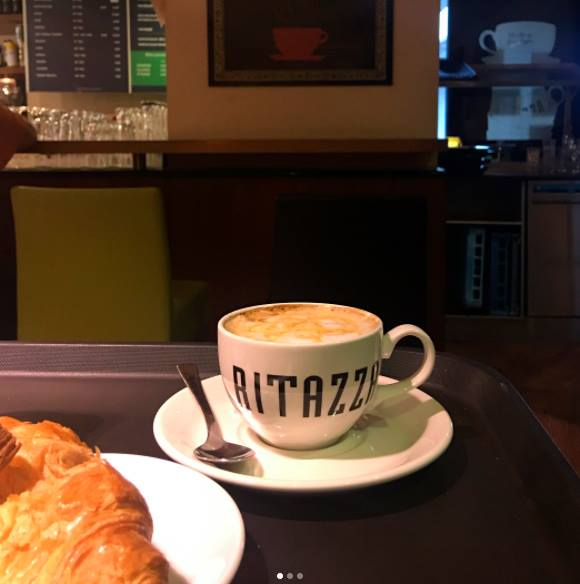 Visitamos o Café Ritazza em Genebra