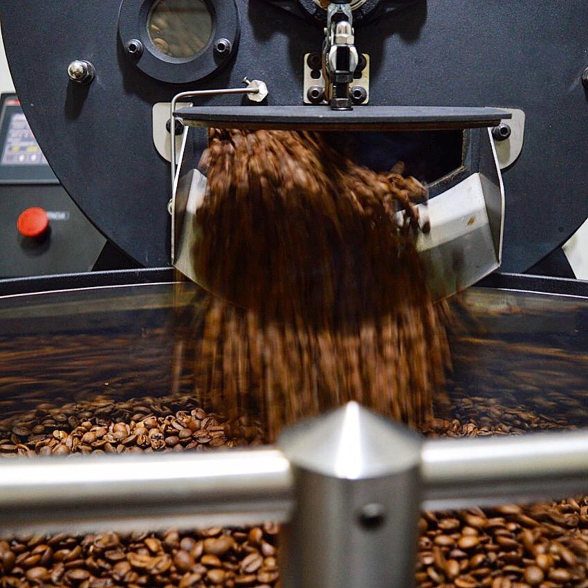 The Coffee Dealer com torrefação própria